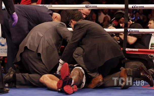 Як Вайлдер відправив Шпільку з рингу на ношах: найкращі фото бою