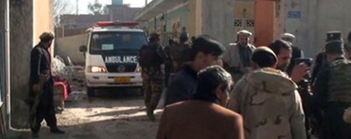 В Афганістані прогримів вибух: терорист-смертник забрав більше десятка життів