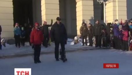 25-летия правления норвежский король отметил на лыжной трассе