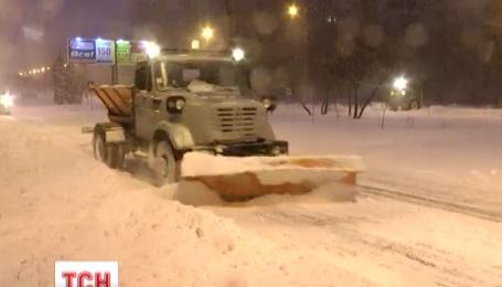 Снігопади в Україні триватимуть до середи