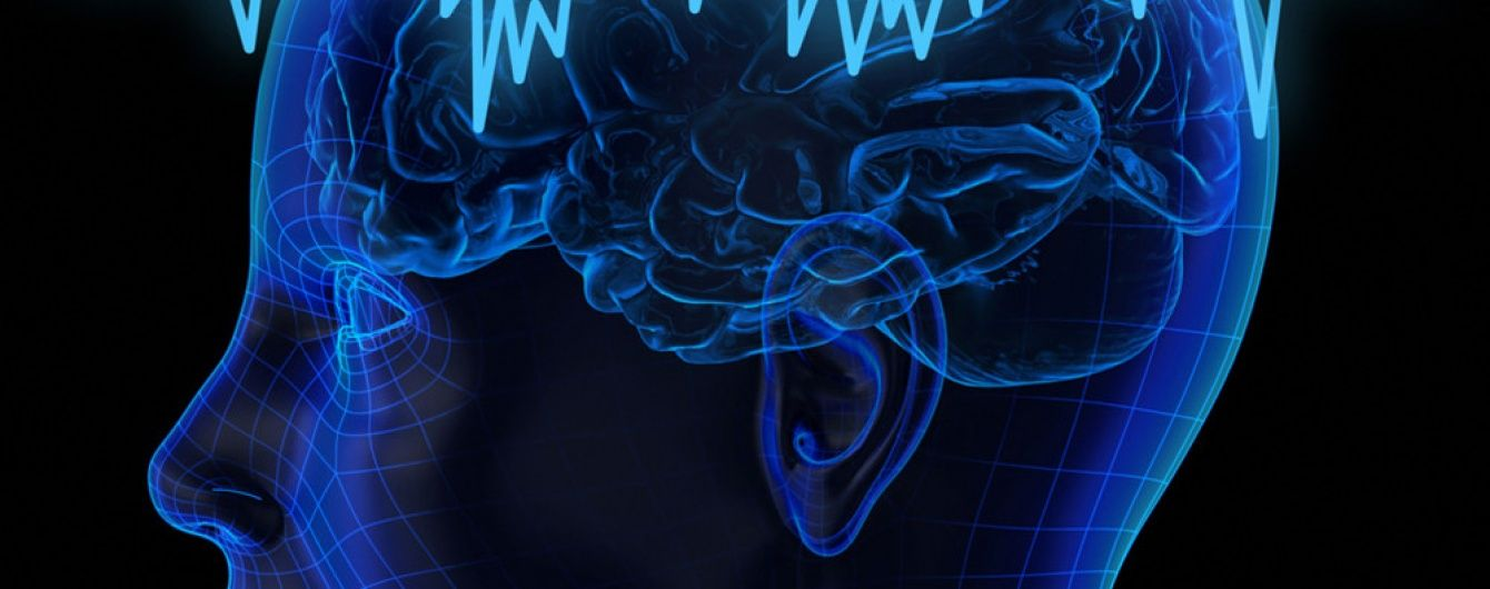 """Науковці винайшли розчинні """"імпланти"""" для людського мозку"""
