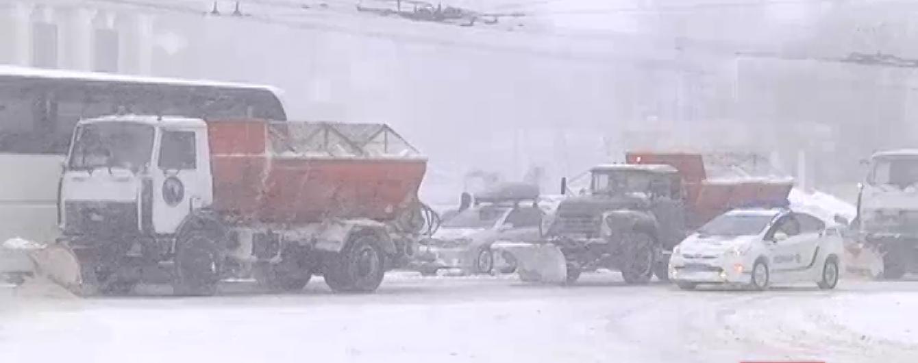 """Заблоковану снігом Одесу """"накриває"""" хрещенськими морозами"""