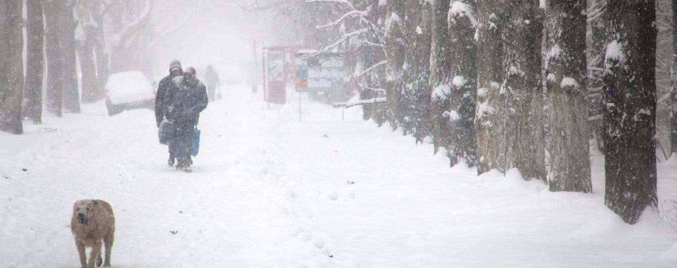 Відновлення руху транспорту та відкриття аеропорту: Одещина оговтується від розгулу стихії