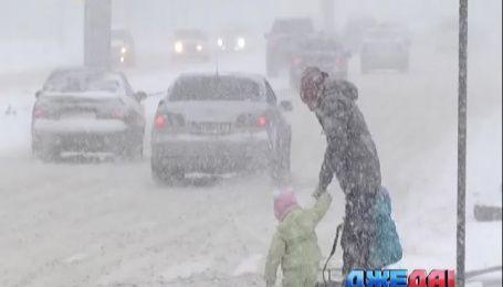 Шесть областей Украины страдают от снега