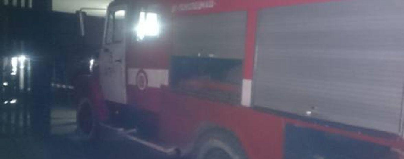 На Закарпатті невідомі підпалили авто екс-голови облради