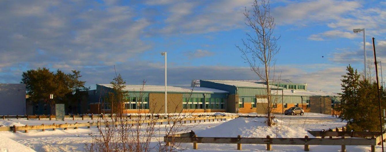 Жертвами стрелка в канадской школе стали его братья и дочь мэра