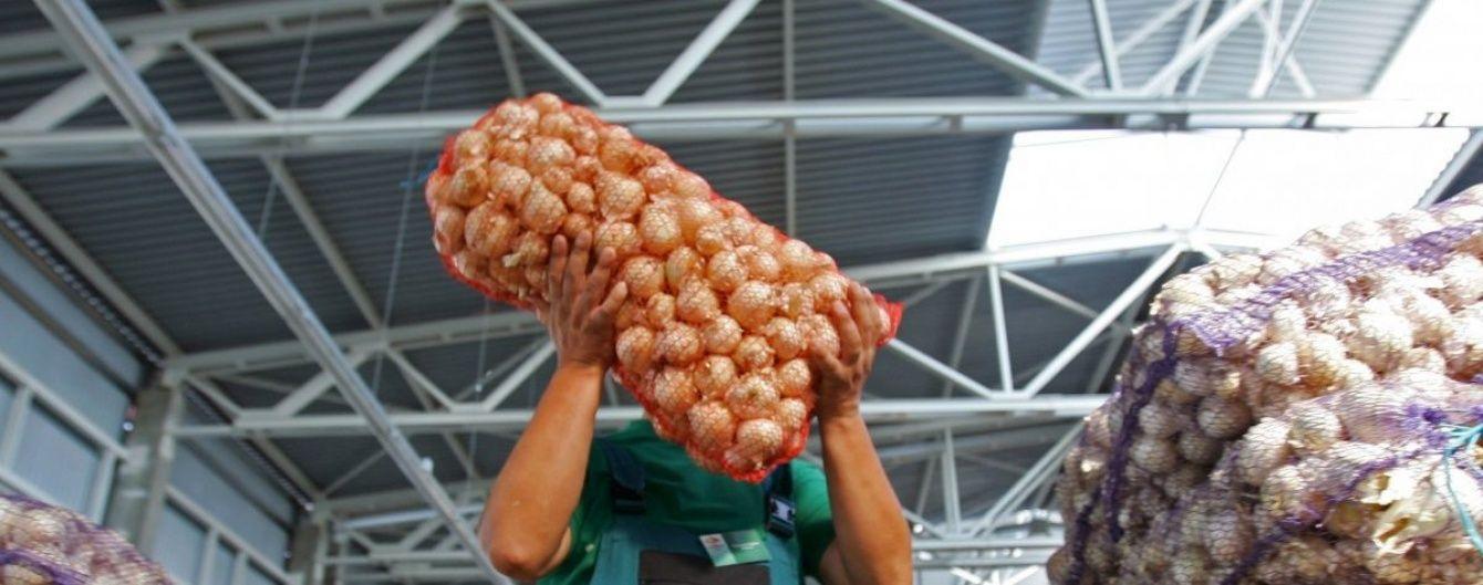 Через 10 дней Украина введет дополнительное эмбарго на продукты из России. Перечень запрещенных товаров
