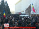 Мітингувальники у Молдові пішли на штурм парламенту