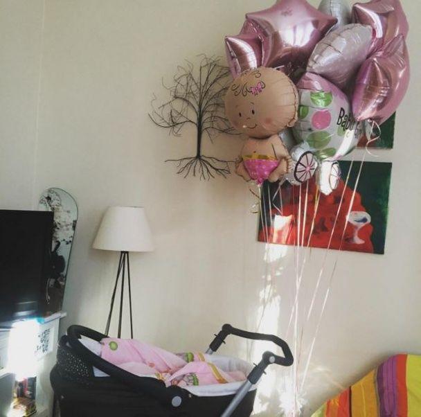 Новоспечені батьки Матвієнко та Мірзоян зворушили прихильників світлинами із донечкою