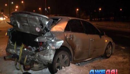 Загадочная авария произошла на Броварском проспекте столицы
