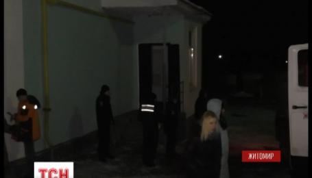 Житомирські рятувальники цієї ночі гасили пожежу у школі-інтернаті