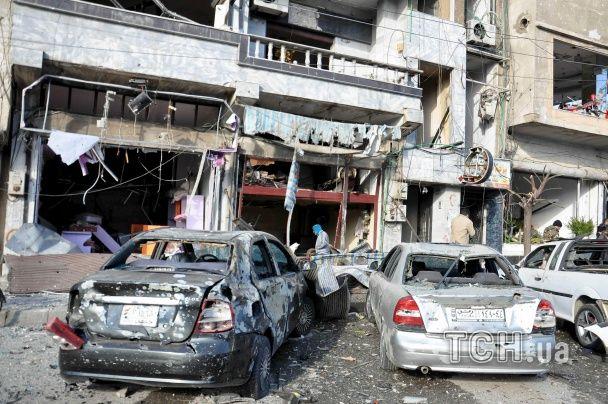 У Сирії понад 20 людей загинуло, сто дістали поранення через подвійний теракт