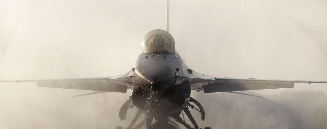 В Афганистане разбился американский истребитель F-16