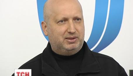 Турчинов ответил на фразу Путина о границах Украины