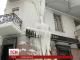 Елітний будинок в центрі Києва перетворився на крижинку