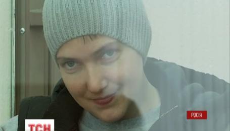 Сегодня Надежда Савченко впервые громко поссорилась с российскими прокурорами на суде