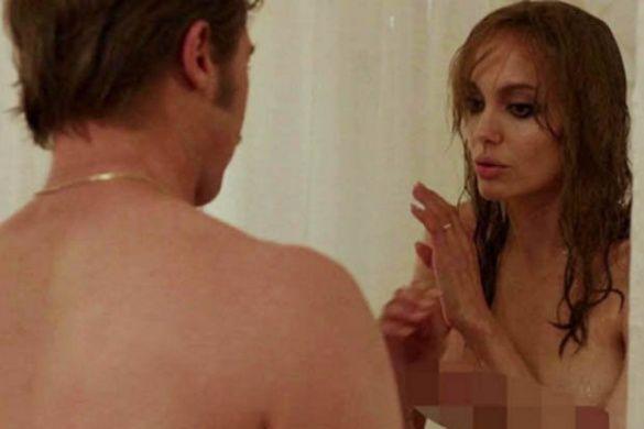 Анджеліна Джолі гола