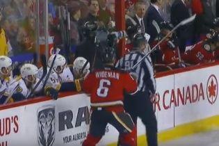 Захисник клубу НХЛ напав на суддю просто під час матчу