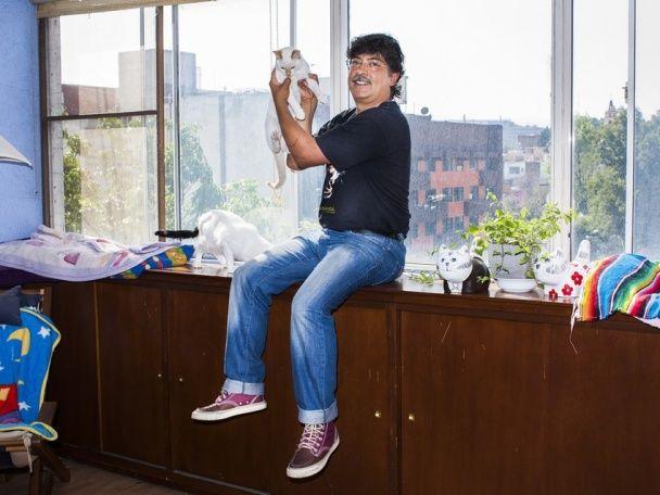 Від байкера до кіномана. Американський фотограф зняв чоловіків з улюбленими котами