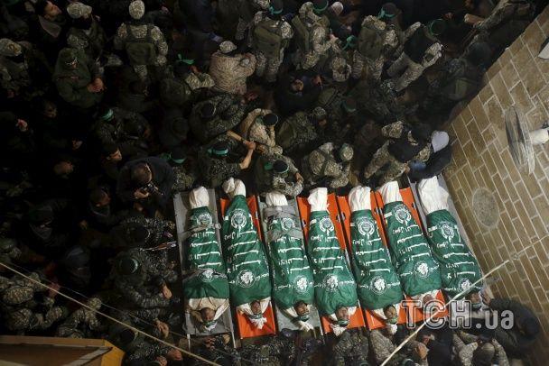 Найяскравіші фото дня: річниця битви під Крутами, індійський День республіки