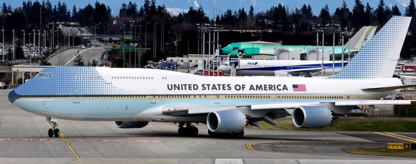 США подовжили заборони на польоти до Сімферополя та Дніпра