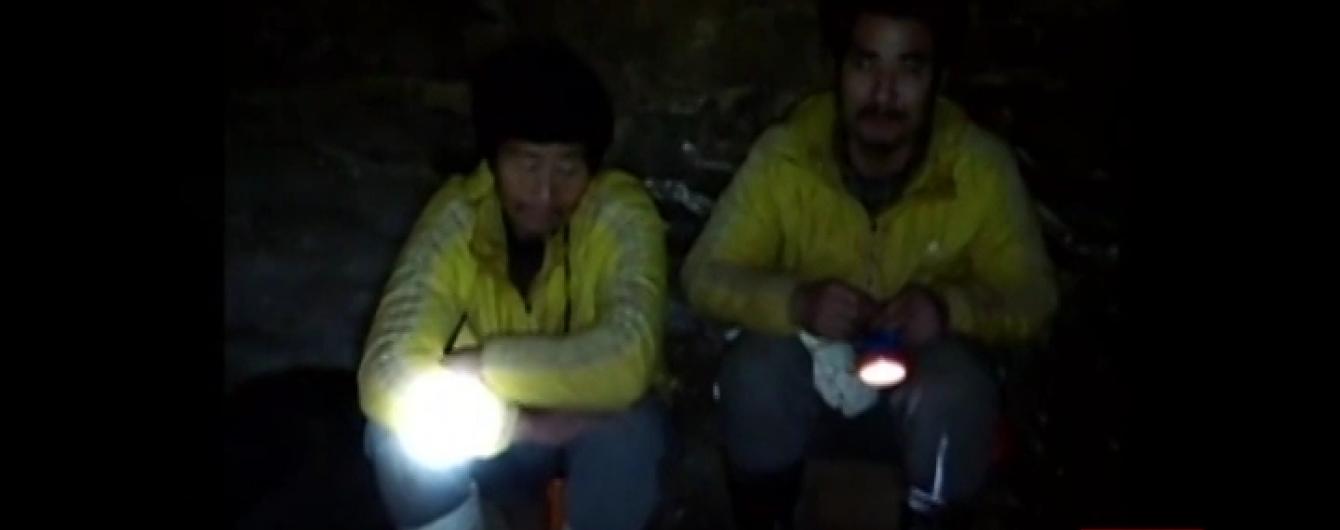 У Китаї врятували гірників, яких обвал шахти заблокував під землею на 36 днів