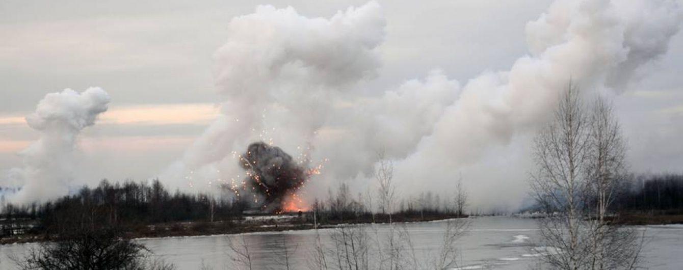На Луганщині підірвався військовий автомобіль, є загиблі
