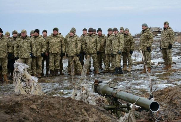 З'явилися фото масштабних військових навчань з авіацією та артилерією під Житомиром