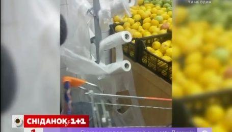 Активісти хочуть заборонити користуватися поліетиленовими пакетами