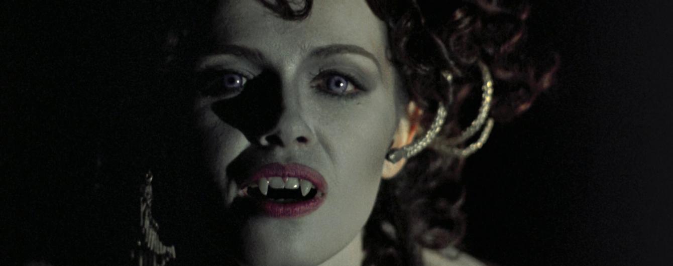 """Новозеландське містечко сколихнула хвиля нападів """"вампірів"""""""