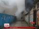 Пожежа у торговому центрі Ужгорода знищила побутові товари та торгове обладнання