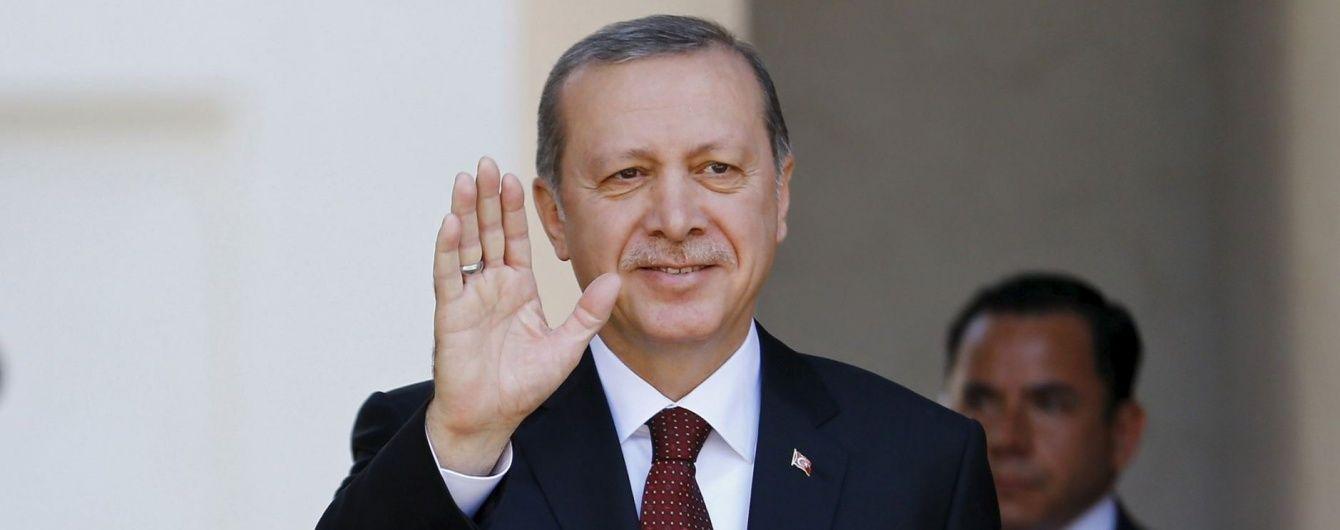 Президент Туреччини прилетів до Росії на переговори з Путіним