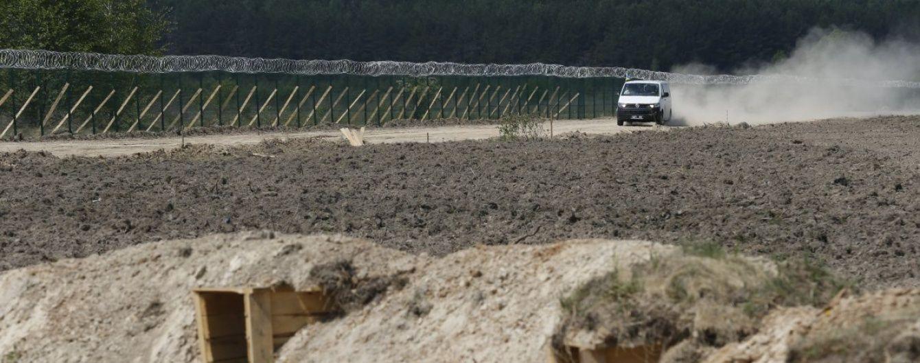 На українсько-російському кордоні вирили 230 км протитанкових рвів