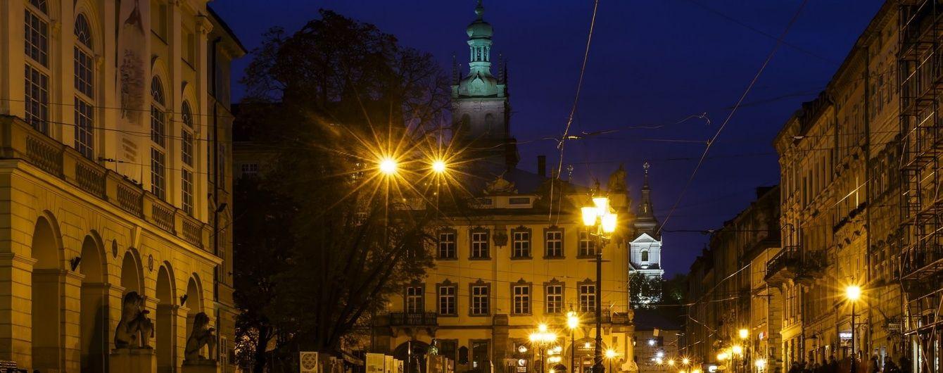 У Львові шукають вибухівку одразу у десяти ресторанах