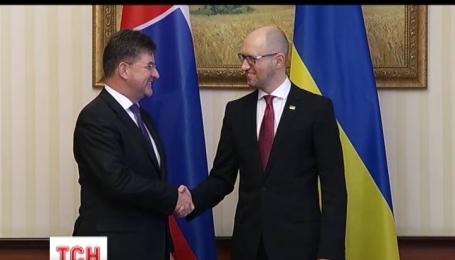 """Украина подала в суд из-за строительства """"Северного потока-2"""""""