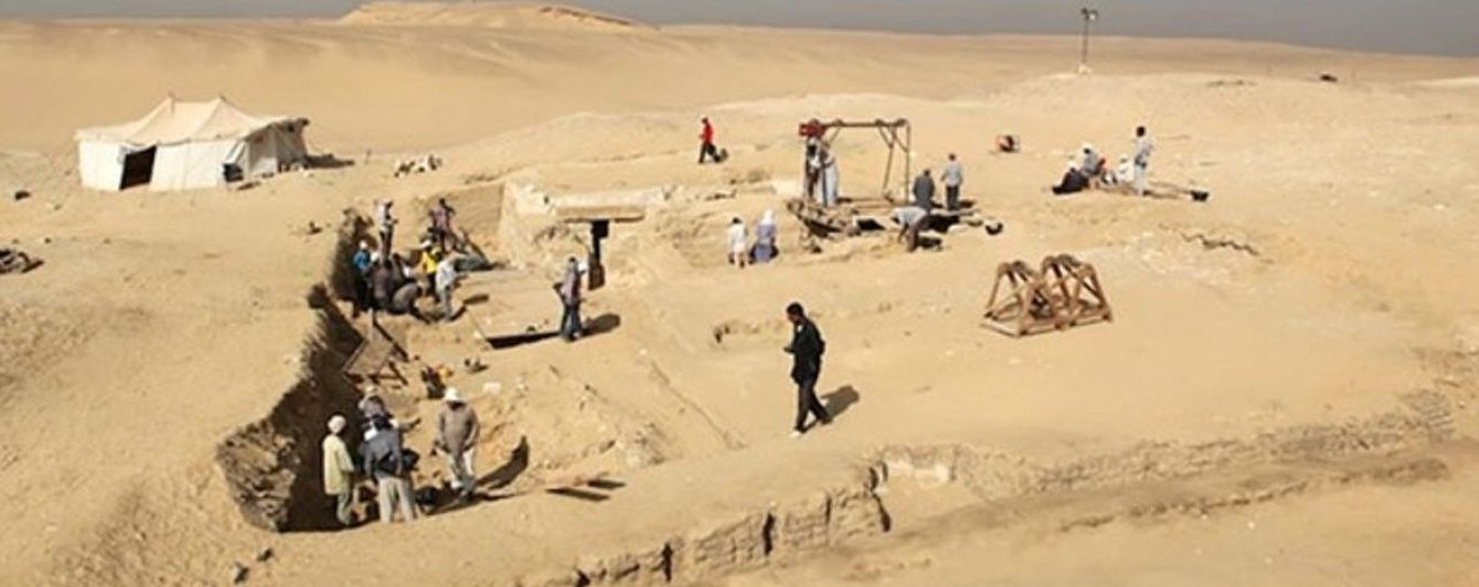 У Єгипті знайшли стародавній корабель часів фараонів третьої династії