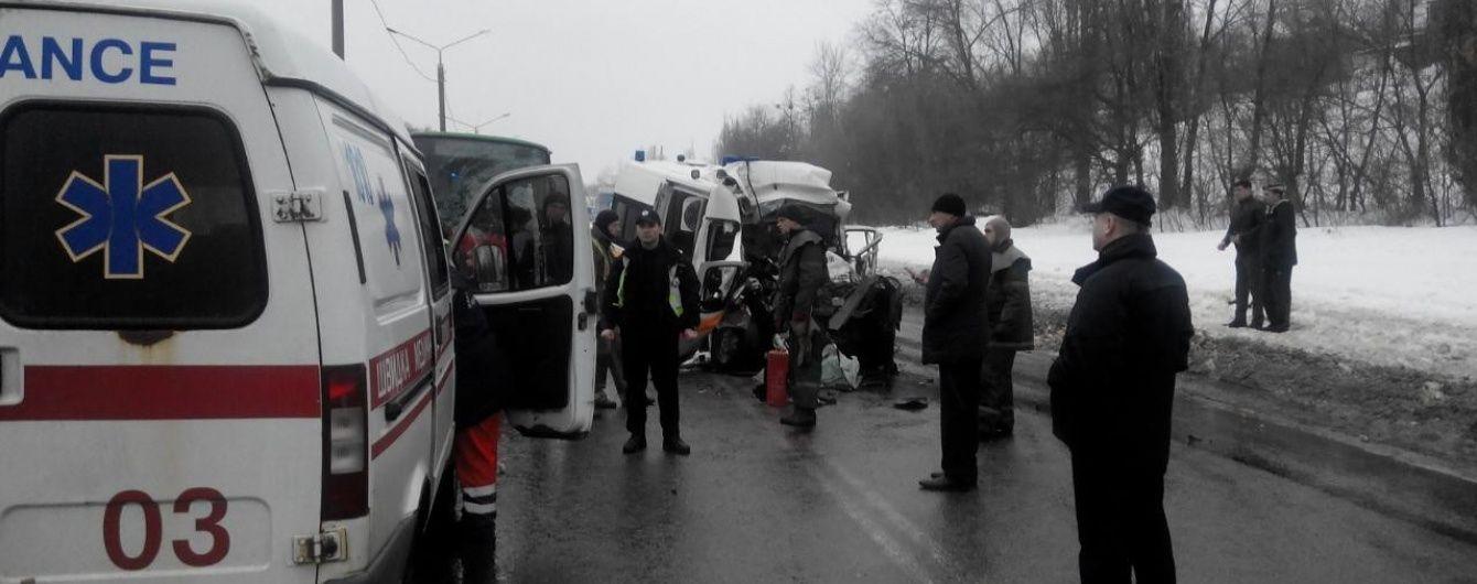 Перша версія страшної ДТП у Харкові: водію швидкої могло стати зле за кермом