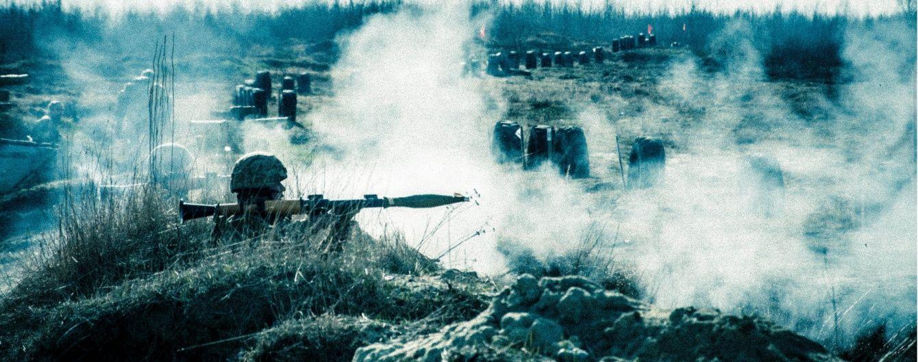 Бойовики сім годин поспіль поливали вогнем військових під Мар'їнкою. Мапа АТО