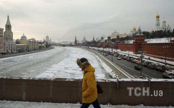 Prada и Rolls-Royce: когда рубль падает, российские богачи запасаются дорогими игрушками - Bloomberg
