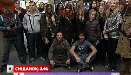 «Сніданок» провел в путешествие Дмитрия Комарова и оператора Александра Дмитриева