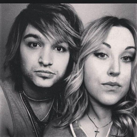 Тіма Брик та його дівчина
