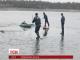 Відразу п'ятеро дітлахів провалилися під лід на Луганщині