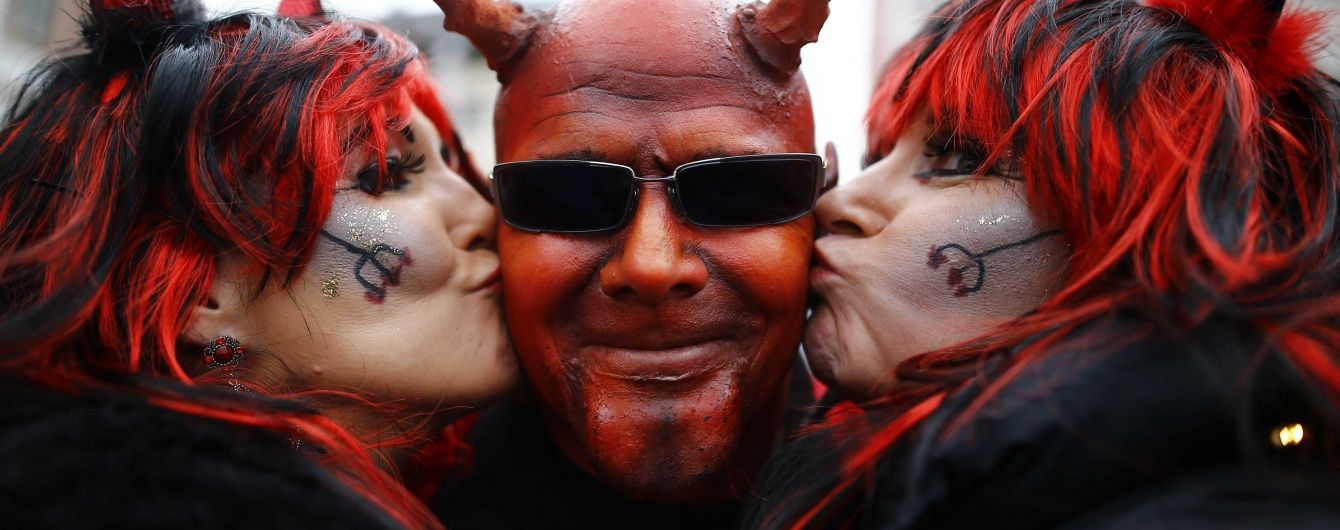 У Кельні у першу ніч карнавалу більше 20 разів напали на жінок