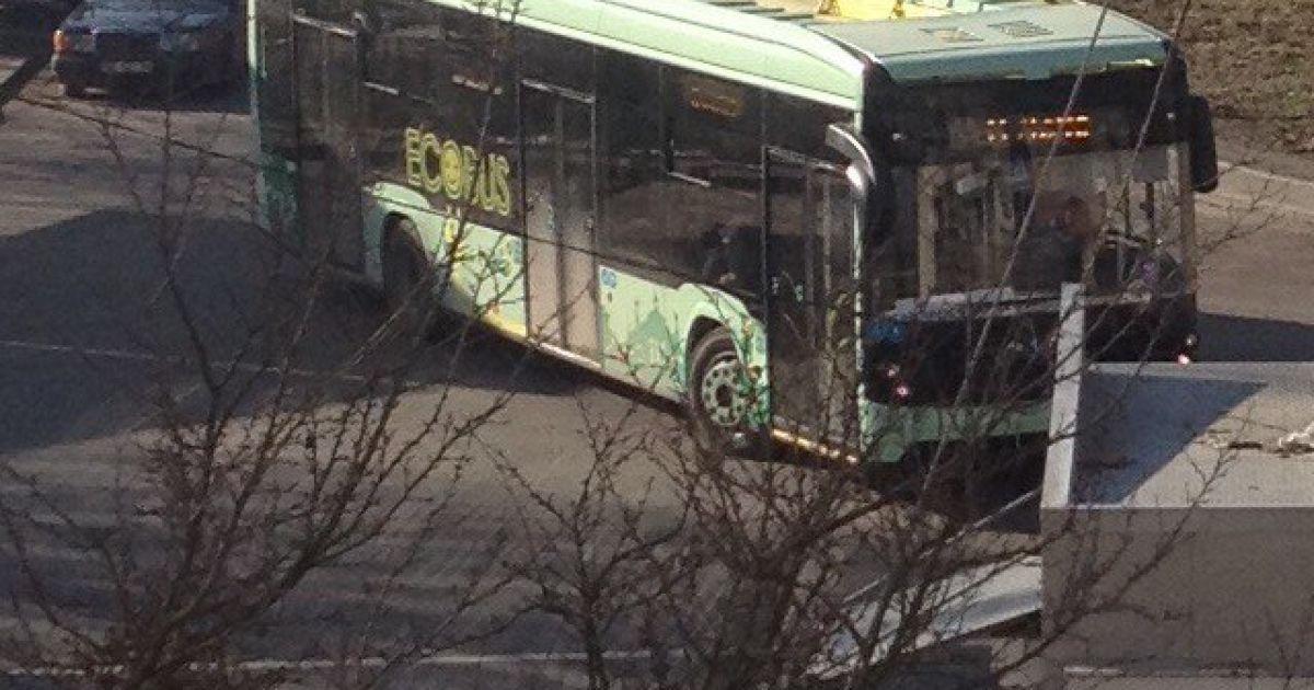 Во Львове заметили первый украинский электробус @ Варта1