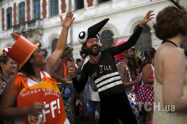 Найяскравіші фото дня: шабаш відьом у Німеччині, банний марафон в Естонії