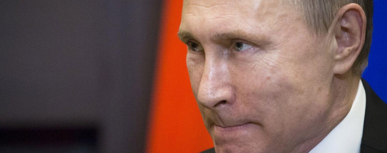 """Опозиціонер Навальний подав позов на Путіна через """"конфлікт інтересів"""""""