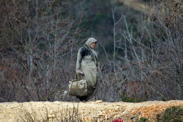 Між Сирією та Туреччиною. Reuters показало буденне життя сирійських біженців на кордоні двох держав