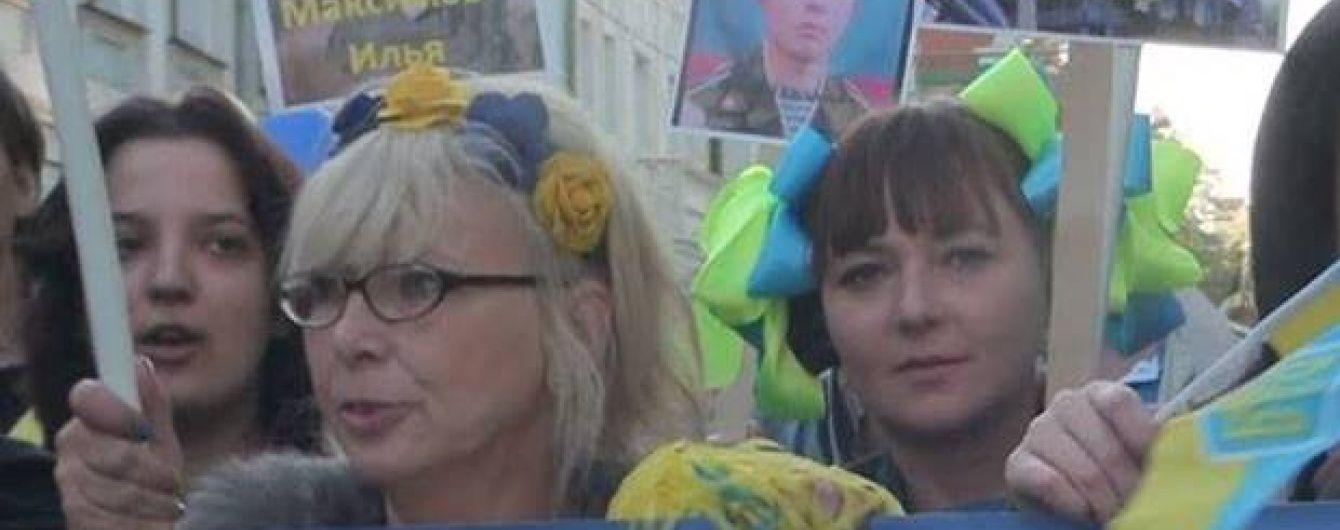 У Росії померла дочка відомої опозиціонерки, яка втекла до України