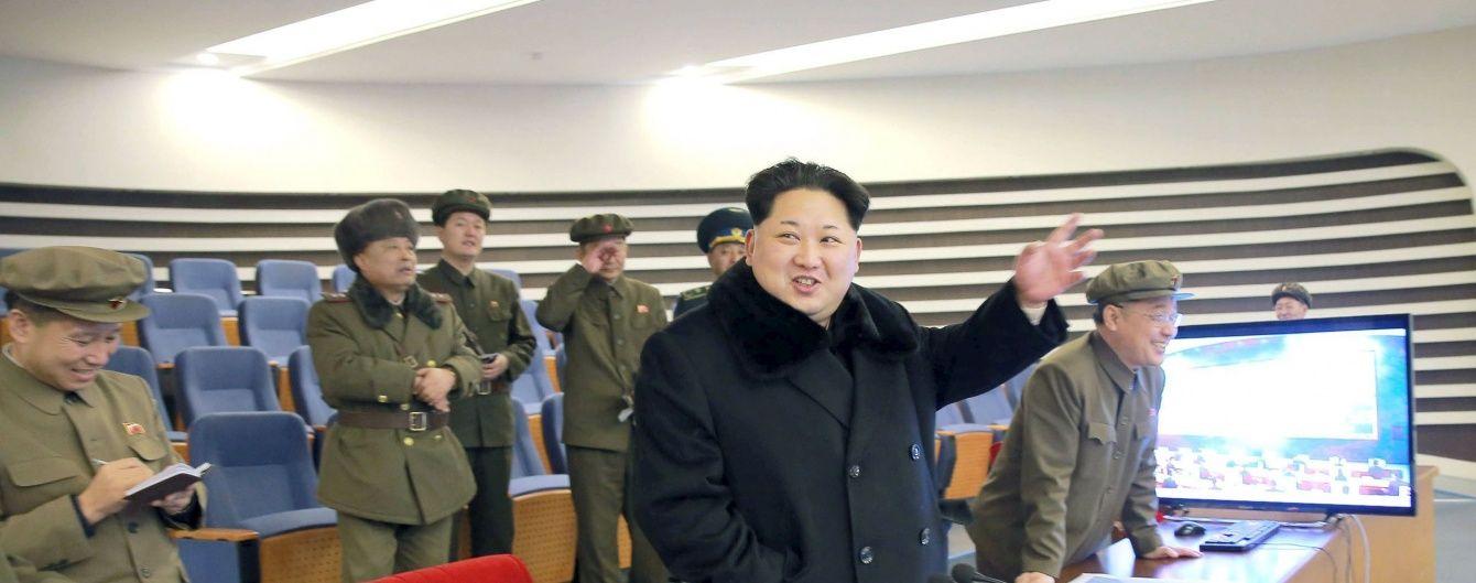 Після санкцій Радбезу ООН КНДР запустила ракети по акваторії Японського моря