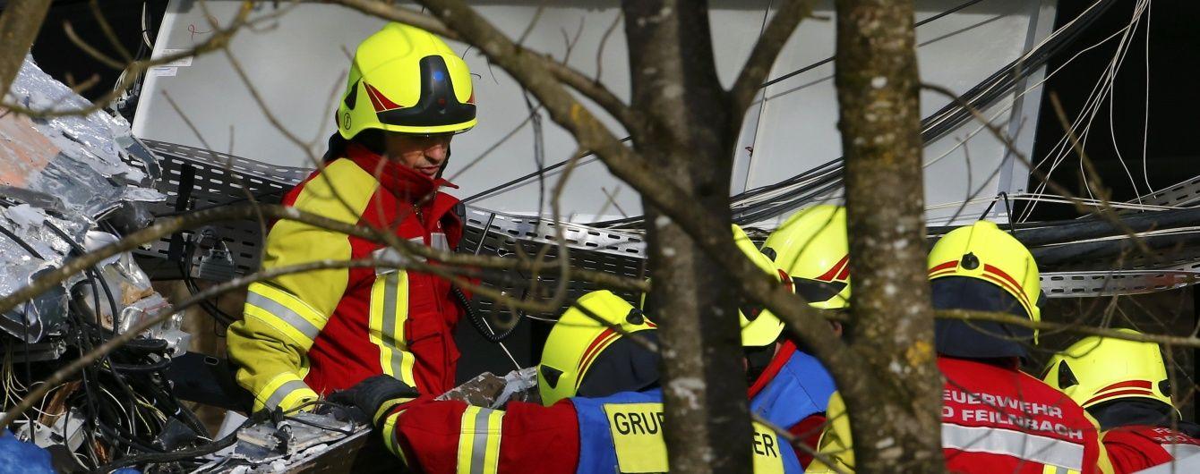 Кількість загиблих унаслідок зіткнення поїздів у Німеччині зросла до 11 осіб